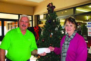 12-27 Robinson Donation1