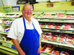 Lee Anderson has spent over 30 years building a reputation on quality cuts of meat and friendly service at Anderson's Food Town. Garrett Estrada photo