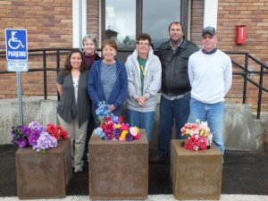 Garrett Estrada Photo Pictured from left to right: Andrea Westland, Tammy Carlgren, Pat Setterstrom, Mayor Melody VanCamp, Bruce Setterstrom and Mike Cracraft.