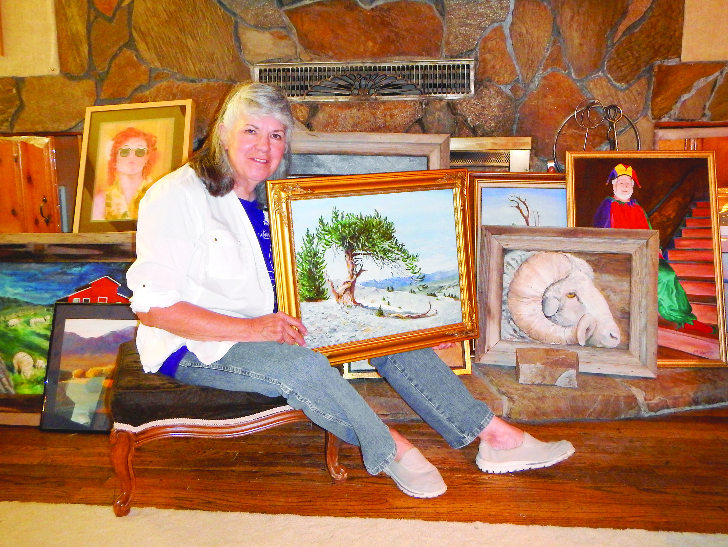 Local artist to host first show