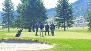 Senior golfer Chris Young attempts a putt at White Pine Golf Course. (Jennifer Young)