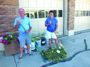 County Commissioner RIchard Howe and Mayor Melody Van Camp are ready to clean up the city and county on Sunday. (Garrett Estrada photo)