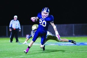 Robert Switzer photo Cole Burdick makes a player miss during White Pine's 38-12 win over Lake Mead on Friday.