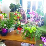 Flower shop owners keep Mother's Day special
