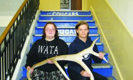 Brandis and Haynes April Jr. students