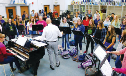 Singers raise their  voices to raise funds