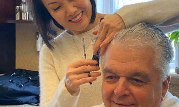 Governor gets a haircut … from his wife